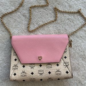 MCM WOC (Wallet on a chain) Unique!!! *RARE*